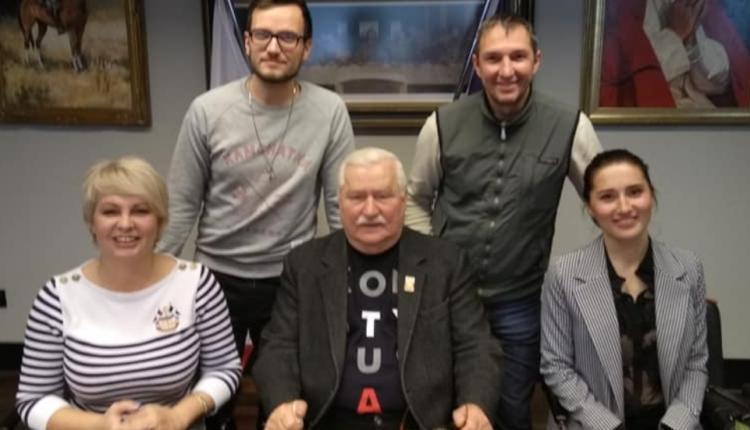 Lech Wałęsa z dziennikarzami telewizji Rossija 24/ fot. facebook