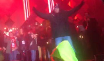 To on zaatakował Adamowicza / Fot. Youtube