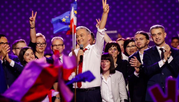 Robert Biedroń na konwencji założycielskiej partii Wiosna/ fot. twitter