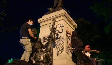zdewastowany pomnik Tadeusza Kościuszki/ fot. Twitter